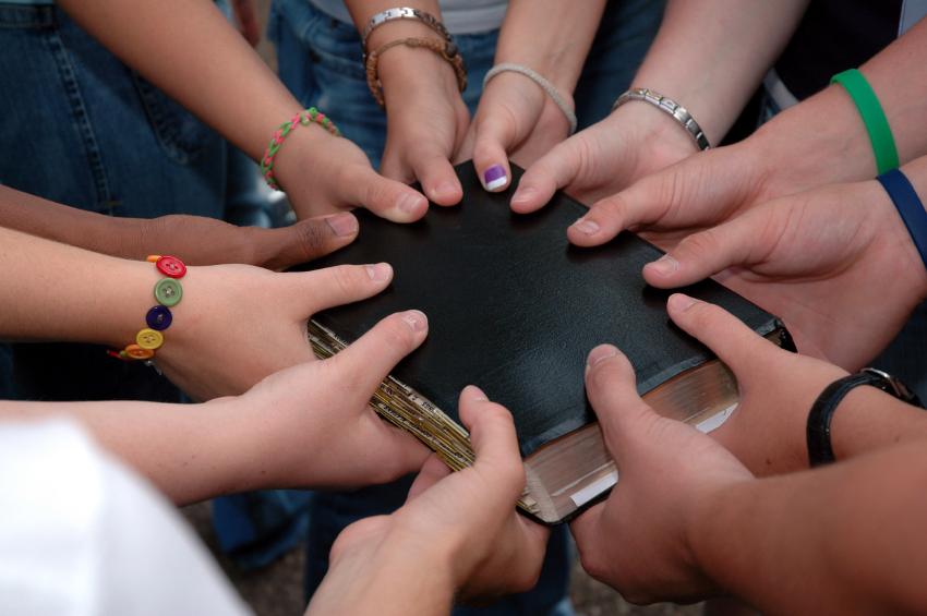 Love Hands kids bible group