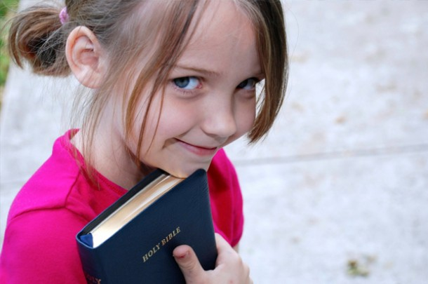 Presenting Bibles to Children – Make it Intergenerational