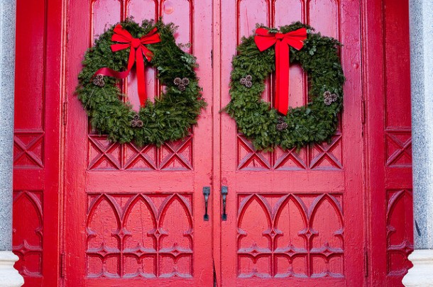 Christmas Evangelism: Practical Tips for Welcoming Church Visitors