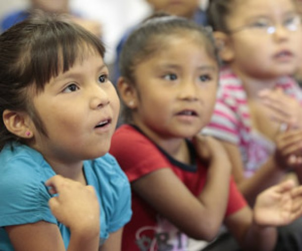Genuflect children cross girls church