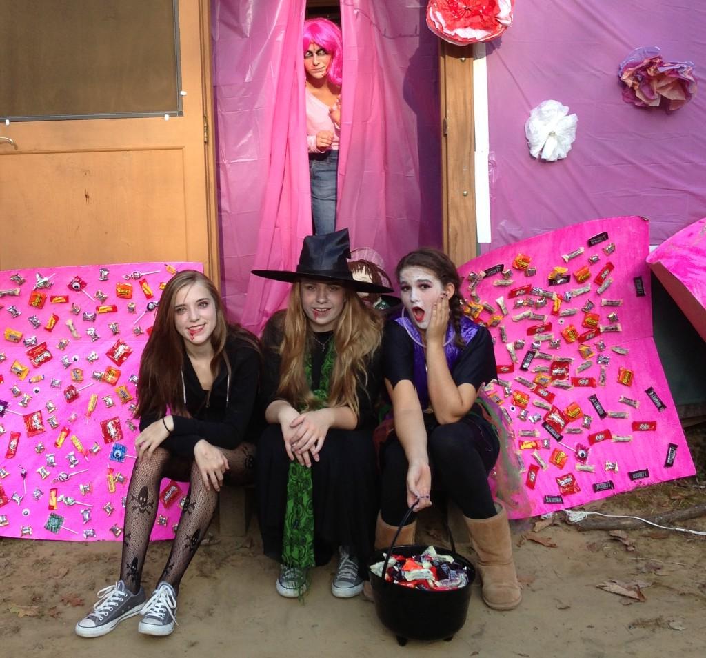 Halloween Yurt Teens