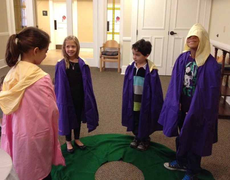 The Living Advent Wreath: An Activity for Children