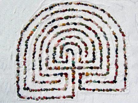 stones sand maze labyrinth