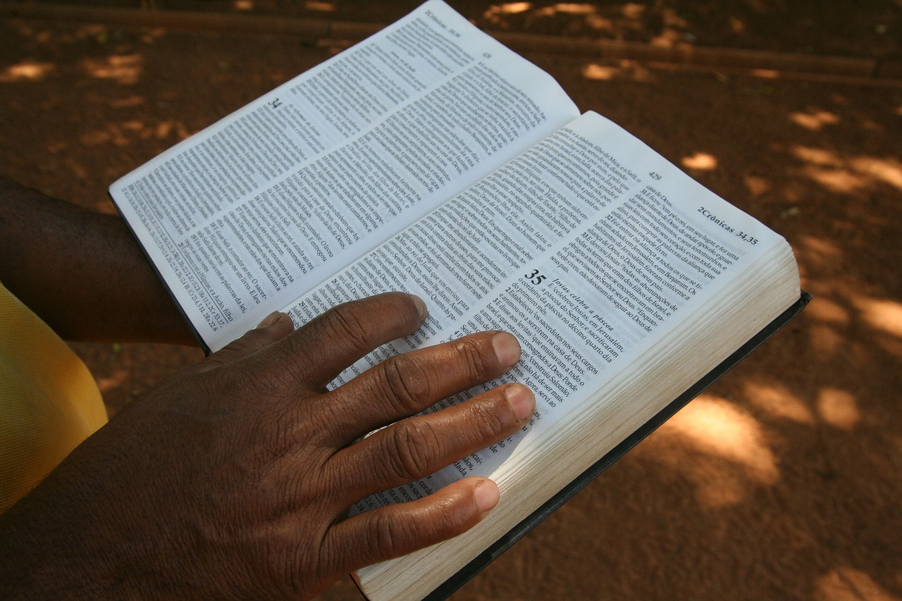 Household Bible Reading with Lectio Divina