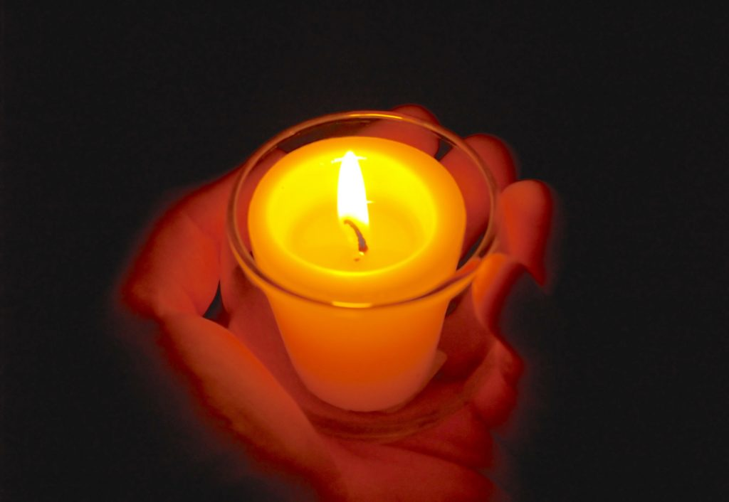 candle-in-hand1