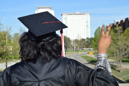 8 Gift Ideas for Graduating Seniors