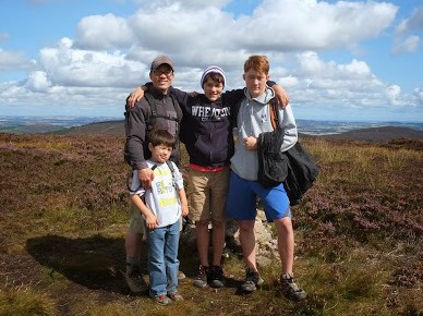 hike family