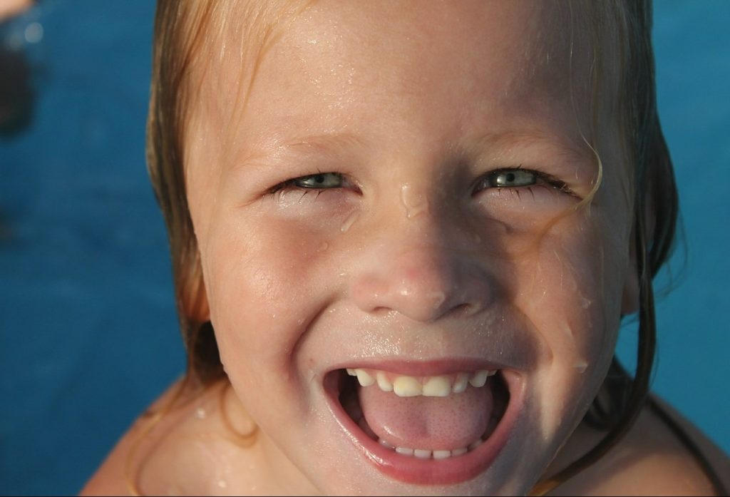 child summer fun face