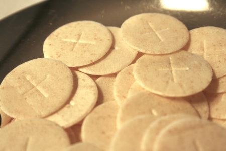 Kids & Communion: 10 Things to Tell Them