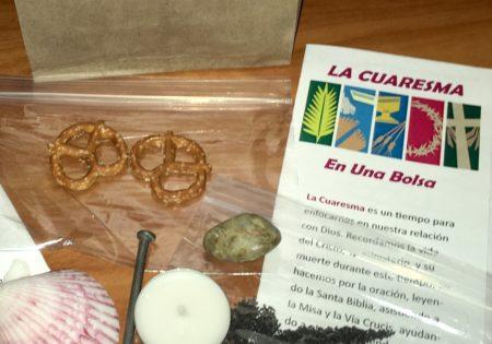 Lent in a Bag En Español: La Cuaresma En Una Bolsa